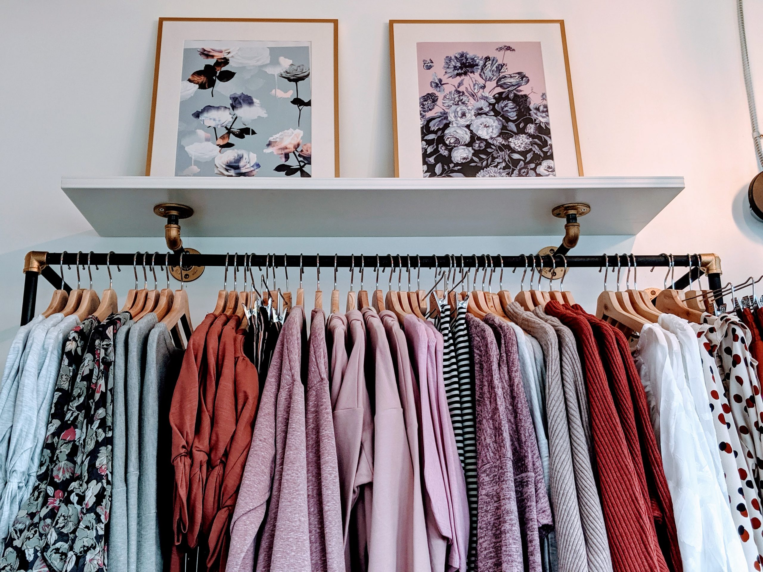 Rowena Sampang is the founder and owner of Pink Liberty adorable boutique based in Calgary and Okotoks called Pink Liberty, offering women cute, modern clothing at an affordable price.