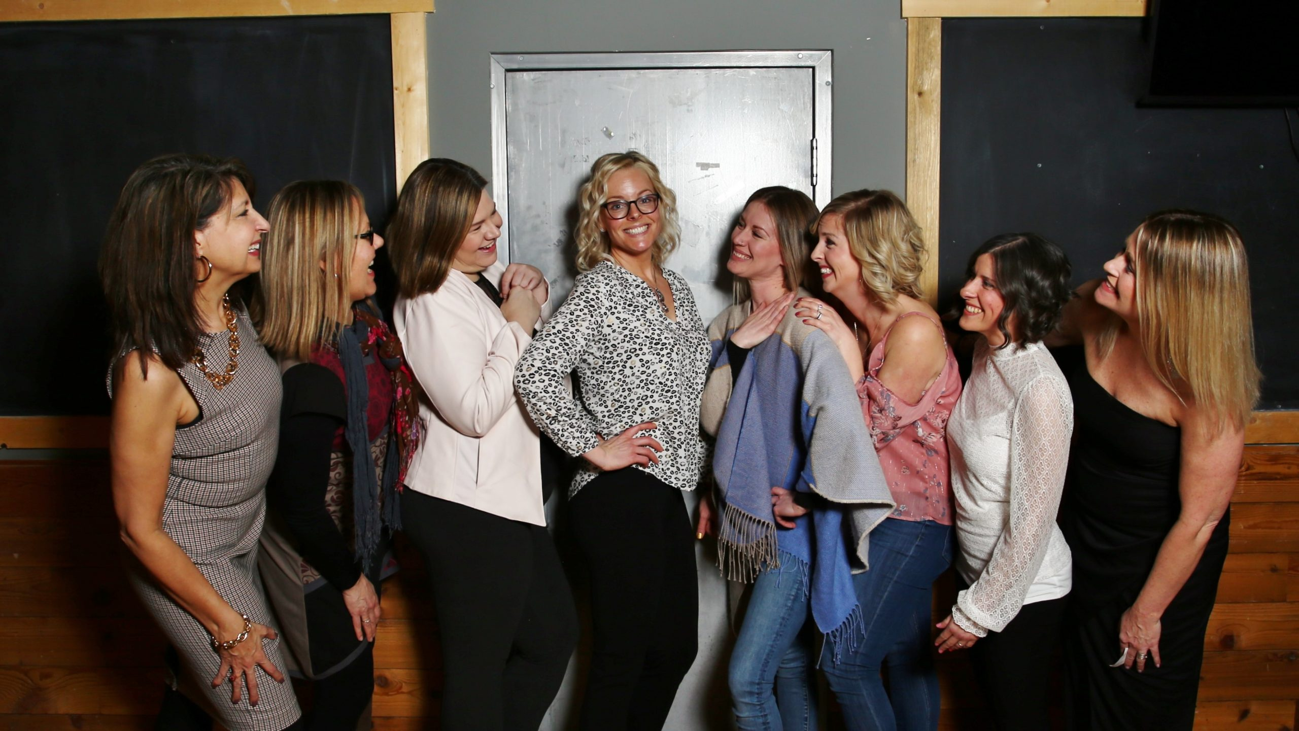 YYC Fempreneurs, founded by Lyndsie Barrie, is a collaborative and supportive community for female entrepreneurs to learn all things social media marketing.